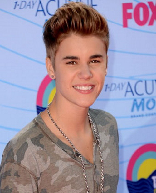 Justin Bieber Short Haircuts Young Mens Hairstyles 2013
