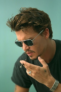 Johnny Depp Medium Hairstyle Mens Medium Hairstyles