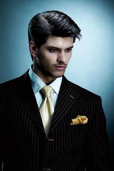 Sleek-Hairstyles-Men1