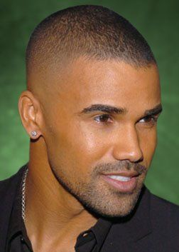 Fade-Haircuts-Black-Men-5